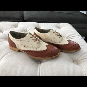 Wanted Brand Wing Tip Women's Oxford Shoe